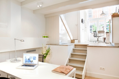 Welcome to Pure Villa Travel | Office Amsterdam!